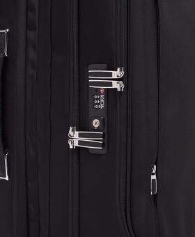 Short Trip Dual Access 4 Wheeled Packing Case Arrivé